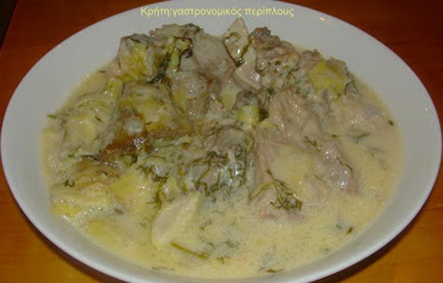 Αγκιναράτο (κατσικάκι ή αρνάκι με αγκινάρες)