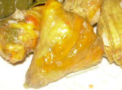 Ντολμάδες με κολοκυθοανθούς (αθουλένιοι) και κολοκυθοανθοί γεμιστοί με τυριά