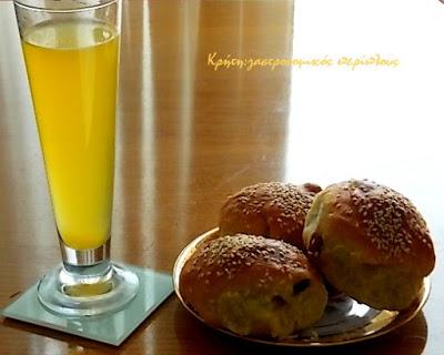 Σπιτική συμπυκνωμένη πορτοκαλάδα ή απλά σιρόπι πορτοκαλιού