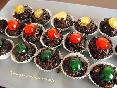 Εύκολα σοκολατένια τρουφάκια μπισκότου