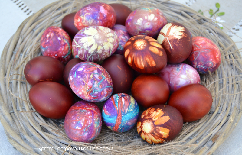 Αυγά για στόλισμα, βαμμένα με κλωστές! (VIDEO)