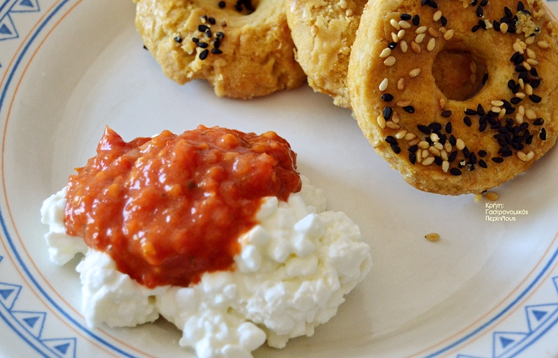Σάλτσα με ψητές ντομάτες για άμεση χρήση ή για διατήρηση στην κατάψυξη