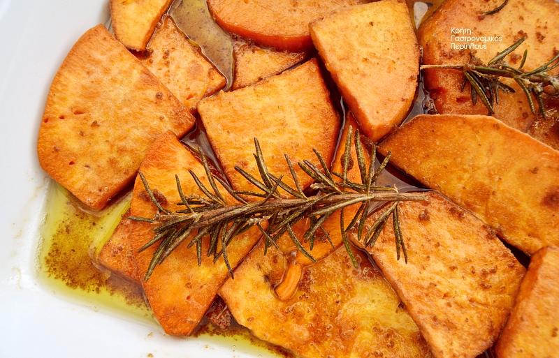 Τηγανητές γλυκοπατάτες με ξίδι και αρισμαρί (σαβόρε)