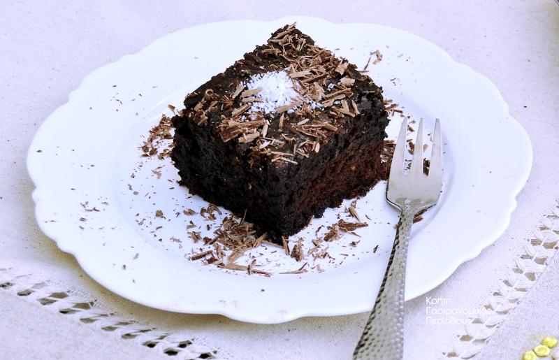 Βραστό κέικ σοκολάτας (σοκολατόπιτα με κακάο)