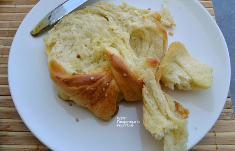 Στριφτά ψωμάκια βουτύρου (VIDEO)