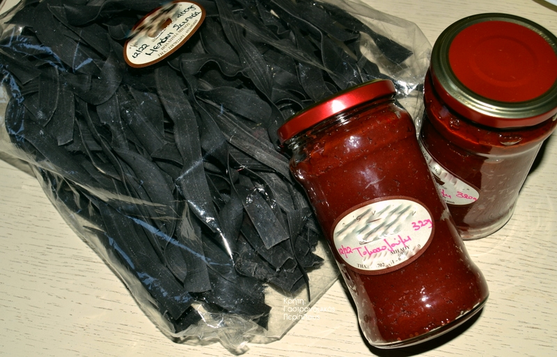 Μαύρες ταλιατέλες με γαρίδες